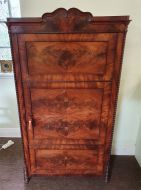 High Quality Continental Flame Mahogany Cabinet